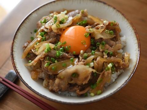 レシピ 豚肉 丼 簡単でおいしい豚丼のレシピ/作り方:白ごはん.com